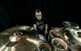 DW-Julien-Nicolas-Batteur-GEWAmusic-02