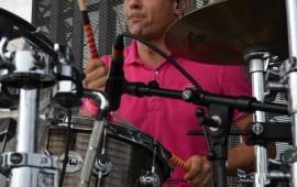 Greg Jacks, batteur DW de Superbus